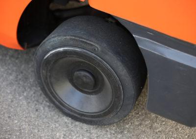Toyota-7FGCU45-Front-Tire